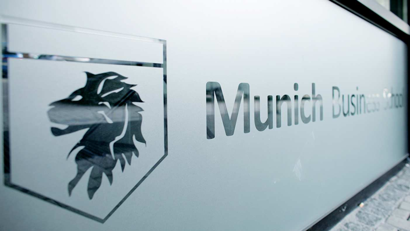 Munich Business School logo